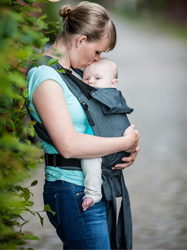 Buy Storchenwiege baby carriers online in the UK